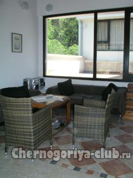 Дом/вилла в Доброте за 100 €  в сутки
