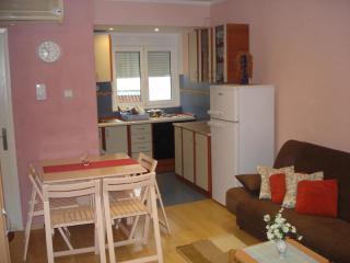 фото 5 - 7. iz dnevne sobe ka kuhinji