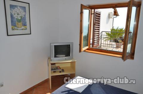 Апартамент в Святом Стефане за 4 €  в сутки