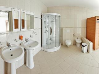 фото 9 - 2 этаж санузел1-1500