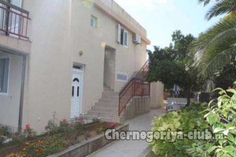 Апартамент в Бечичи за 32 €  в сутки