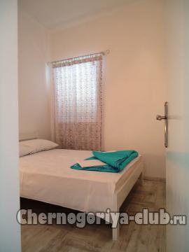 Дом/вилла в Рафаиловичи за 100 €  в сутки