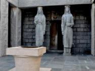 Памятник Мавзолей Петра II Петровича Негоша