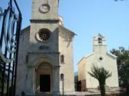 Православный мужской монастырь Савина