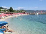 Пляж Raffaello (Раффаэло, песчаный)