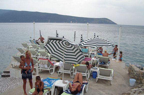 Игало черногория песчаный пляж