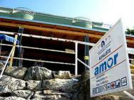 Пляж Amor (Амор, бетонный пандус)