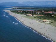 Пляж Ada Bojana Nudist beach (нудистский пляж Ада Бояна, песчаный)