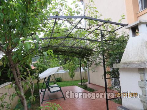 Дом / Вилла в Сутоморе за 180000 €