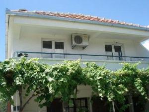 Apartments Vujosevic II