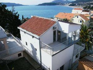 Apartments Rafailovici Central