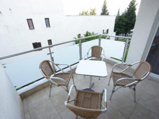 Апартамент в Бечичи за 60 €  в сутки