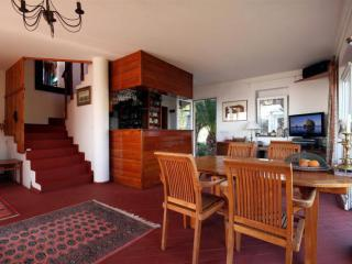 Дом/вилла в Святом Стефане за 225 €  в сутки