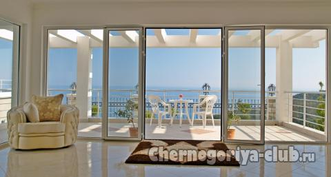 Купить квартиру в черногории на берегу моря недорого с фото для россиянина