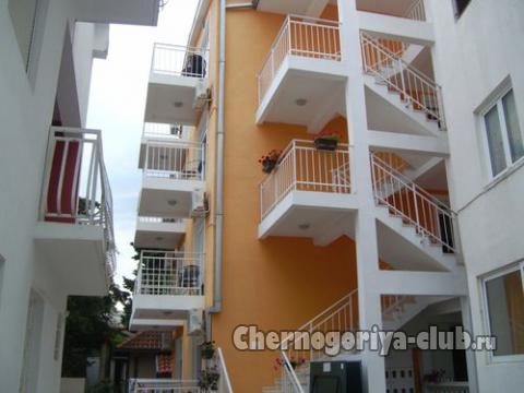 Апартамент в Будве за 38 €  в сутки