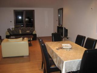 Апартамент в Будве за 75 €  в сутки