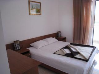 Апартамент в Бечичи за 36€ / день