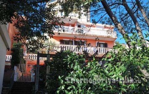 Апартамент в Будве за 88 €  в сутки