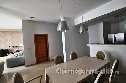 Апартамент в Святом Стефане за 200 €  в сутки