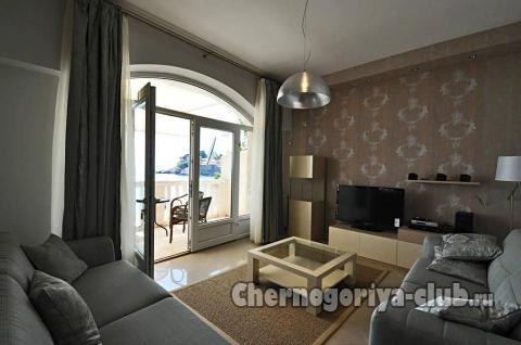 Апартамент в Святом Стефане за 100 €  в сутки