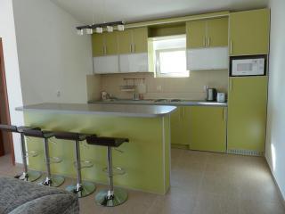 фото 4 - Кухня 2 этажа №1