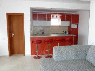 фото 10 - Кухня 1этажа