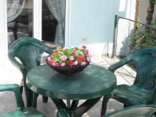 Апартамент в Дженовичах за 110 €  в сутки