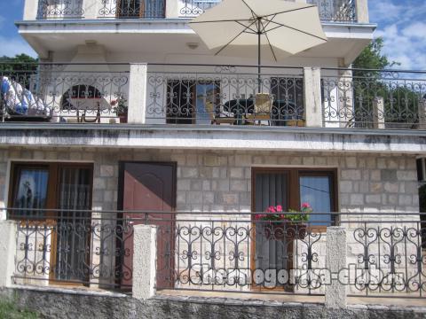 Дом/вилла в Сутоморе за 0 €  в сутки