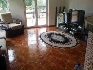 Дом/вилла в Баре за 120 €  в сутки