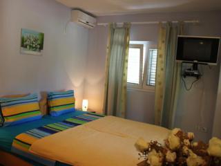 Апартамент в Тивате за 25€ / день