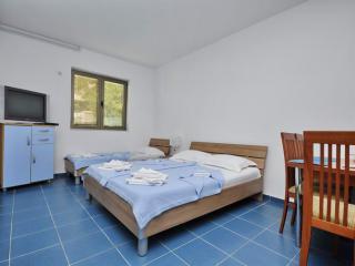 Апартамент в Бечичи за 35 €  в сутки