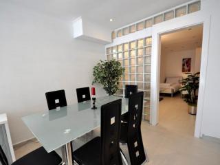 Апартамент в Тивате за 200 €  в сутки