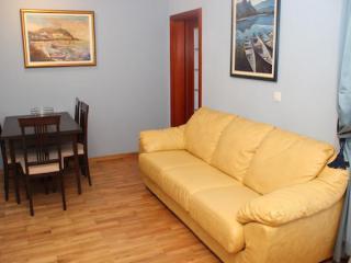 Апартамент в Святом Стефане за 40 €  в сутки