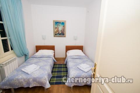 Дом/вилла в Святом Стефане за 80 €  в сутки
