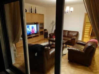Дом/вилла в Будве за 250 €  в сутки