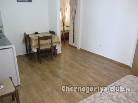 Апартамент в Рафаиловичи за 14 €  в сутки