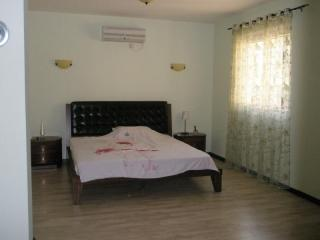 Дом/вилла в Сутоморе за 220 €  в сутки
