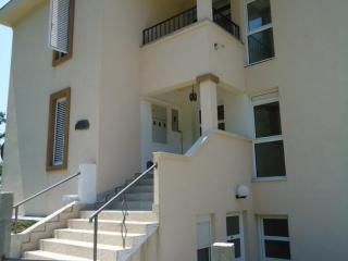 Дом/вилла в Святом Стефане за 220 €  в сутки