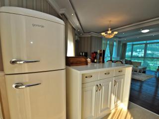 Апартамент в Бечичи за 140 €  в сутки