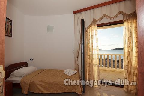 Апартамент в Рафаиловичи за 64 €  в сутки