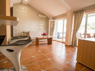 Апартамент в Бечичи за 100 €  в сутки