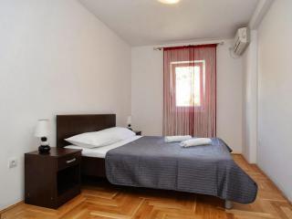 Апартамент в Рафаиловичи за 140 €  в сутки