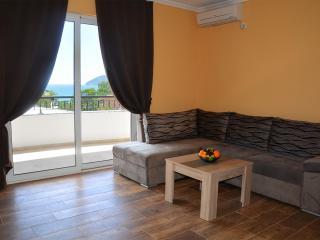 Апартамент в Сутоморе за 36 €  в сутки