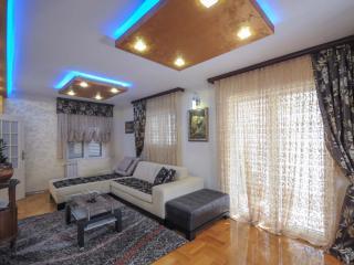 Дом/вилла в Бечичи за 420 €  в сутки