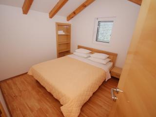 Апартамент в Милочере за 225 €  в сутки