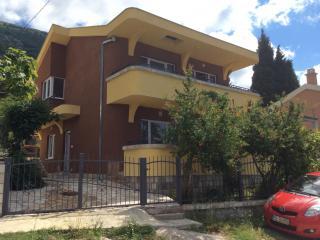 Дом/вилла в Сутоморе за 100€ / день