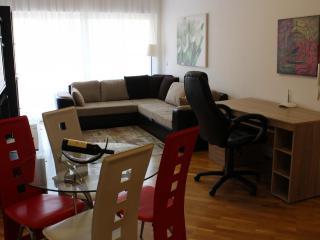 Апартамент в Бечичи за 75 €  в сутки