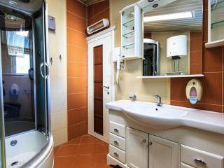 Дом/вилла в Сутоморе за 75 €  в сутки