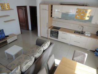 Апартамент в Будве за 128 €  в сутки