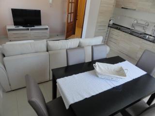 Апартамент в Будве за 53 €  в сутки